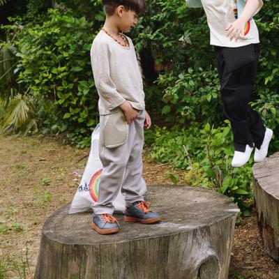 Pantalone con tasca volante 3D
